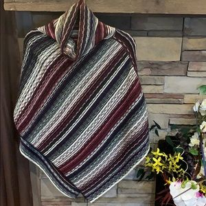 Beautiful Maurices poncho ❤️